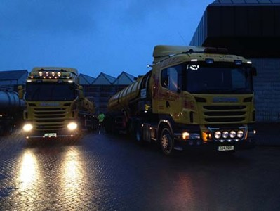 2 Lorries night-work in rain