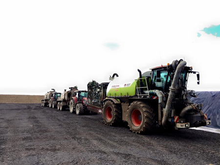 Slurry equipment convoy 3